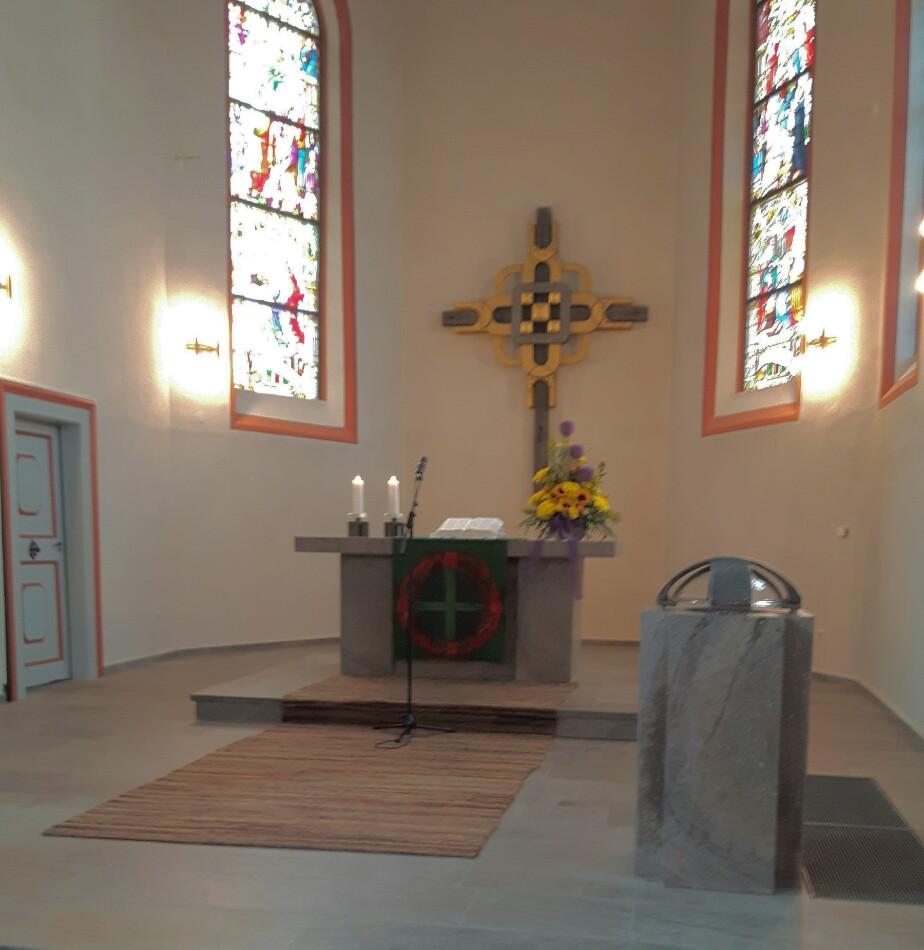 Hoffentlich bleibt die Stelle in der Kirche nicht lange verwaist.